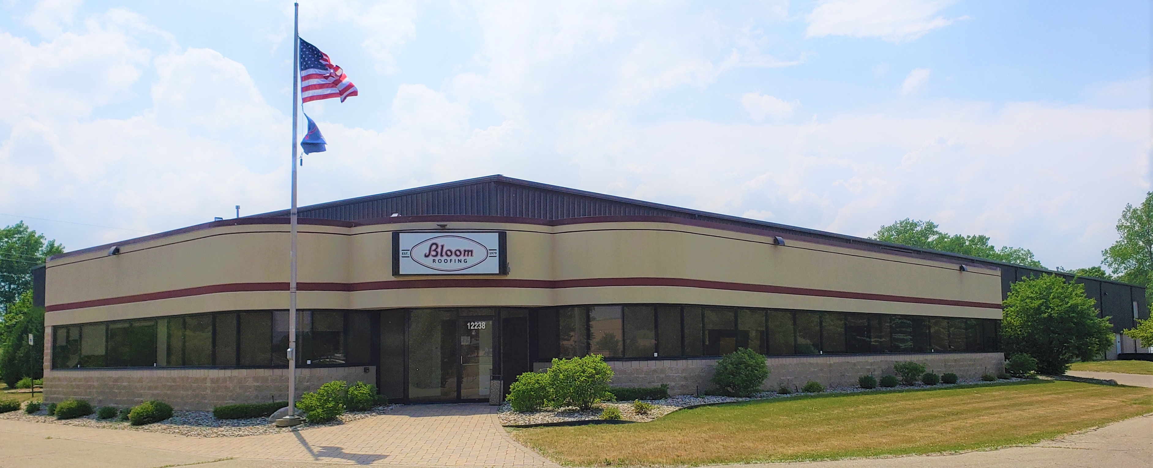 commercial-roofing-michigan