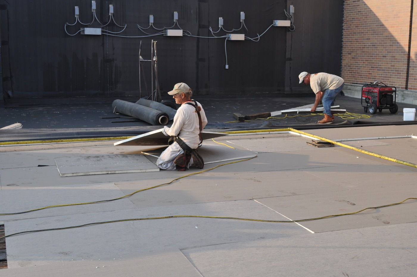 Bloom-Commercial-Roofing-Insulation