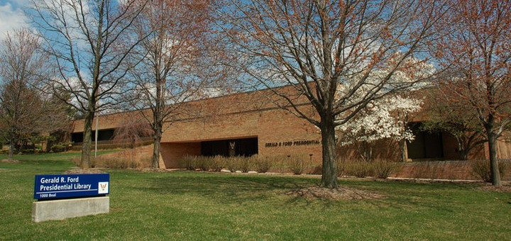 Gerald-Ford-Library-Michigan-Commercial-Roofing